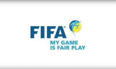 FIFA antoi rasismista pienemmät sakot kuin vääränlaisten sukkien käytöstä.