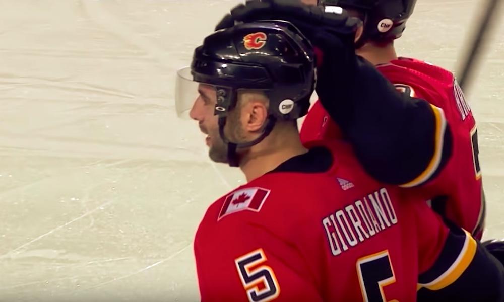 Calgary Flamesin 35-vuotias Mark Giordano nousi huikeaan ikämiesjoukkoon tekemällä kauden 55. tehopisteensä.