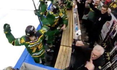 Tampereen Ilveksen huoltaja jätettiin roikkumaan maalijuhlassa, kun joukkue voitti kolmannen osaottelun Liigan pudotuspeleissä SaiPaa vastaan lukemin 4-2.