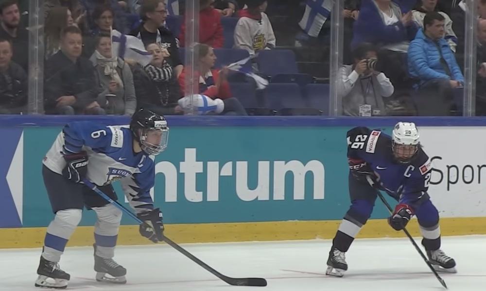 Naisten jääkiekon MM-kisa trillerin päätyttyä vedonlyöntiyhtiö palautti rahat asikkailleen, jotka olivat lyöneet Suomea maailmanmestariksi.