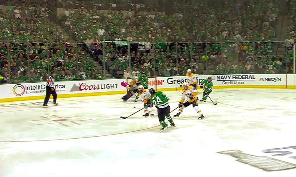 Roope Hintz kuritti sekä Rinnettä että Sarosta NHL-pudotuspeliuransa avausmaaleilla, kun Dallas Stars kaatoi Nashville Predatorsin 5-1.
