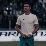 Cristiano Ronaldo juhli maalia tavaramerkkituuletuksella.