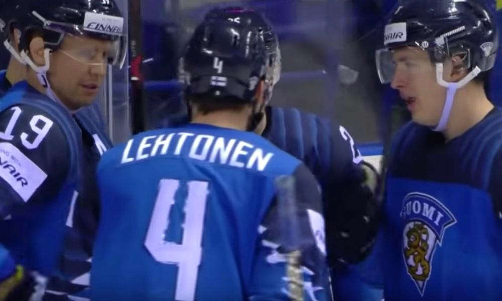 Timo Jutila on innoissaan Leijonista, joka on menettänyt ensimmäisten viiden MM-kisaottelunsa aikana ainoastaan kaksi pistettä.