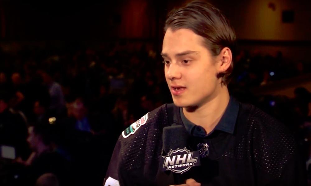 NHL-sopimukset lyhenemässä: vaikuttanee myös jatkosopimuksesta neuvottelevien Sebastian Ahon, Patrik Laineen ja Mikko Rantasen ratkaisuihin.