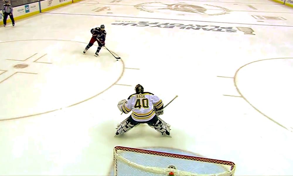 Pöyristyttävä NHL-sääntö vei huikealta Tuukka Raskilta nollapelin, kun Boston Bruins kaatoi Columbus Blue Jacketsin Game 4:ssä.