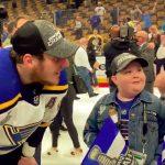 St. Louisin 11-vuotias superfani Laila Anderson, joka on toiminut todellisena inspiraation lähteenä Blues-pelaajille, sai hetkensä Stanley Cupin kanssa!