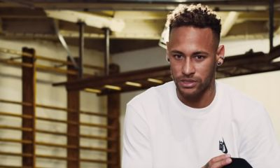 Neymarin isä ja agentti tapaamassa Juventuksen urheilujohtajan.