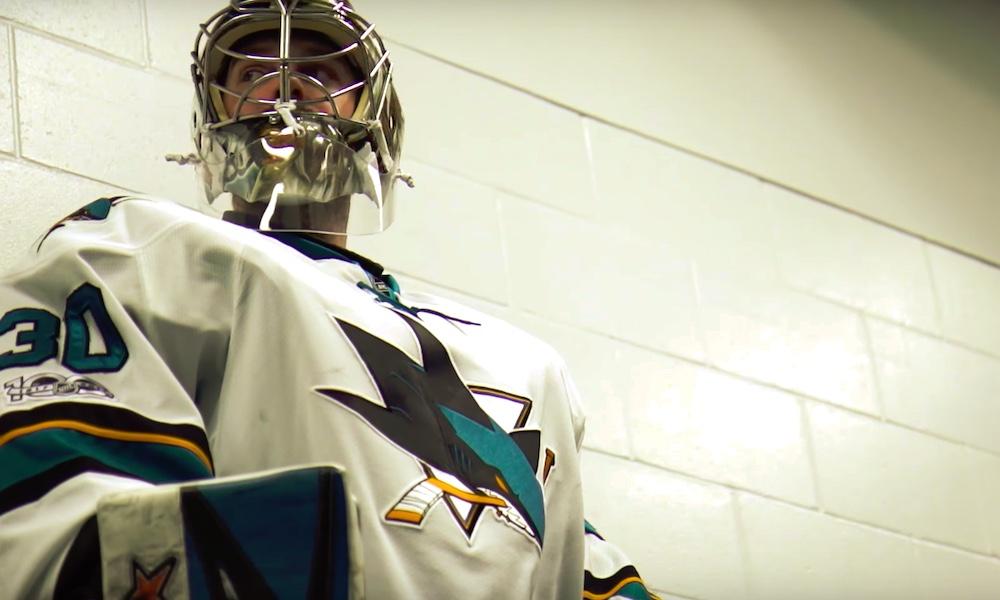 San Jose Sharksin Aaron Dellille törkeän hienot patjat; suunnittelija-ystävän suunnittelemat.