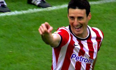 38-vuotias konkarihyökkääjä Aritz Aduriz teki huikean saksarimaalin, oltuaan kentällä ainoastaan 45 sekuntia, kun Athletic Bilbao shokeerasi FC Barcelonan.