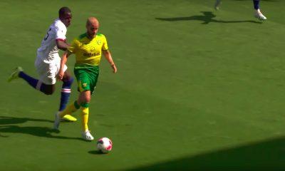 Teemu Pukki jäi aikanaan ilman sopimusta Chelseaan: nyt hän pääsi näyttämään osaamisensa konkreettisesti lontoolaisseuralle iskemällä heitä vastaan maalin ja alustamalla toisen.