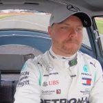F1-kuskiValtteri Bottas nähdään Mercedeksellä myös ensi kaudella. Suomalaiskuski teki Mercedes-tallin kanssa yksivuotisen jatkosopimuksen.
