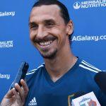 Zlatan huimassa vireessä MLS-liigassa - takoi Los Angelesin derbyssä 15 minuuttiin kaksi maalia. Kamppailu päättyi loppujen lopuksi 3-3-tasapeliin.