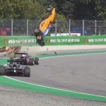 Formuloissa nähtiin taas järkyttävä onnettomuus. Australialaiskuski Alex Peroni joutui hirveään onnettomuuteen lauantaina F3-sarjan kilpailussa Monzassa.