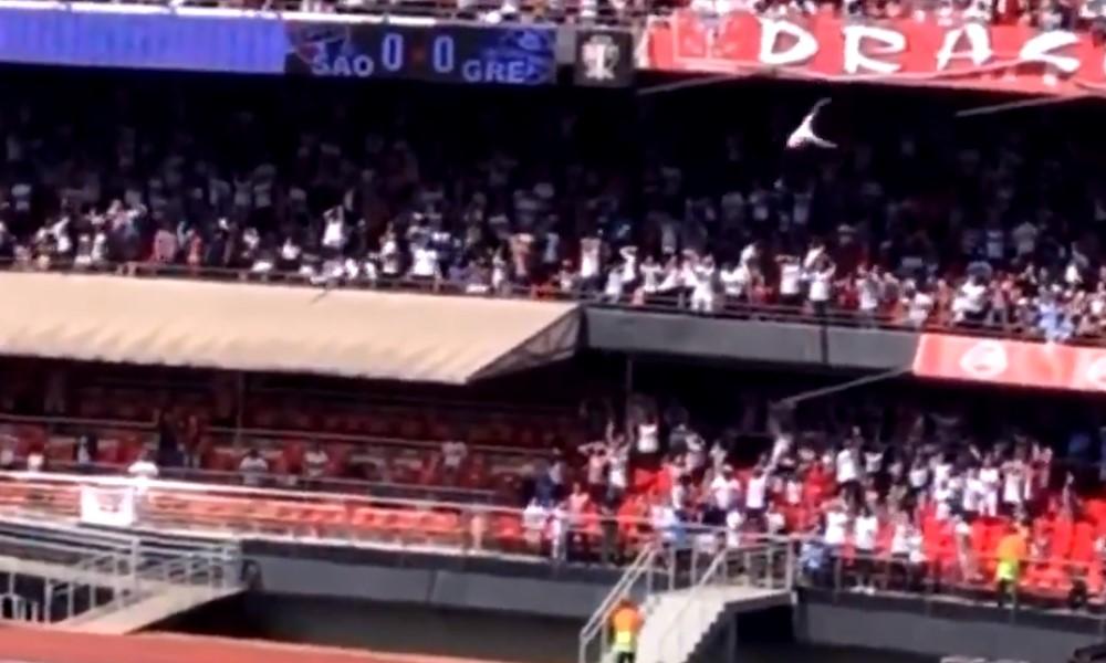 São Paulon kannattaja putosi yli 20 metrin korkeudesta.