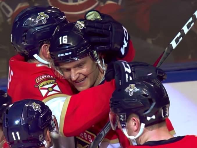 NHL-pelaajat äänestivät: Aleksander Barkov jälleen koko liigan aliarvostetuin - aivan, kuten vuosi sitten.