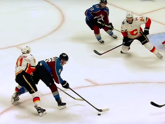 Colorado Avalanchen nuori Cale Makar uhkaa SM-liigastakin tutun Marek Zidlickyn uskomatonta NHL-ennätystä.