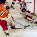 Columbus Blue Jacketsin ykkösvahti Joonas Korpisalo otti huikeita torjuntoja ottelussa Philadelphia Flyersia vastaan ja kävi myös pahasti kierroksilla.