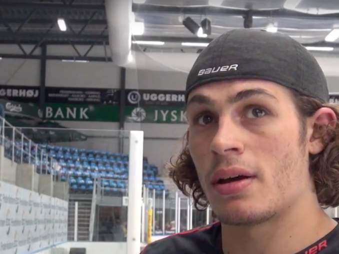 Kristian Jensen murjoi vastustajansa todella brutaalisti Tanskan jääkiekkoliigan -ottelussa. Tapaus järkyttää kiekkomaailmaa rutkasti.