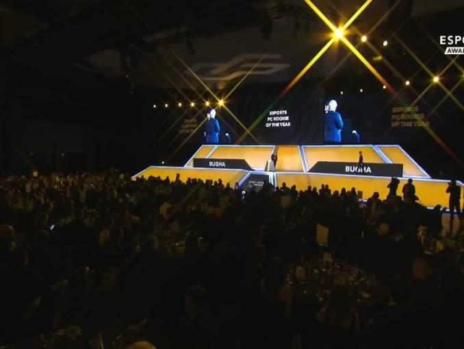 Kiinnostavia uutisia: Fortniten MM-kisojen voittaja pokkasi palkintoja