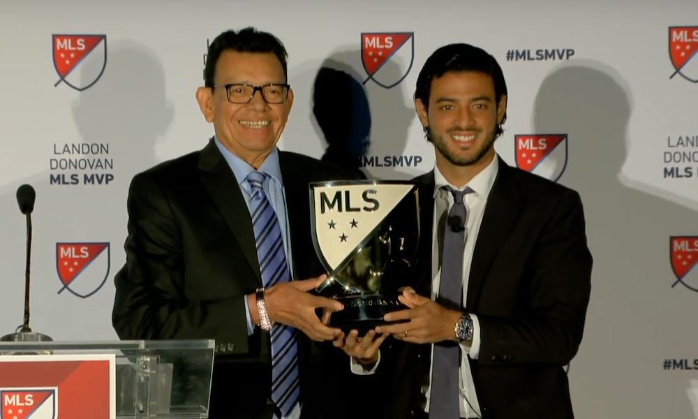 Carlos Vela päihitti Zlatan Ibrahimovicin: 30-vuotias meksikolaispelaaja valittiin MLS-liigan kauden arvokkaimmaksi pelaajaksi.