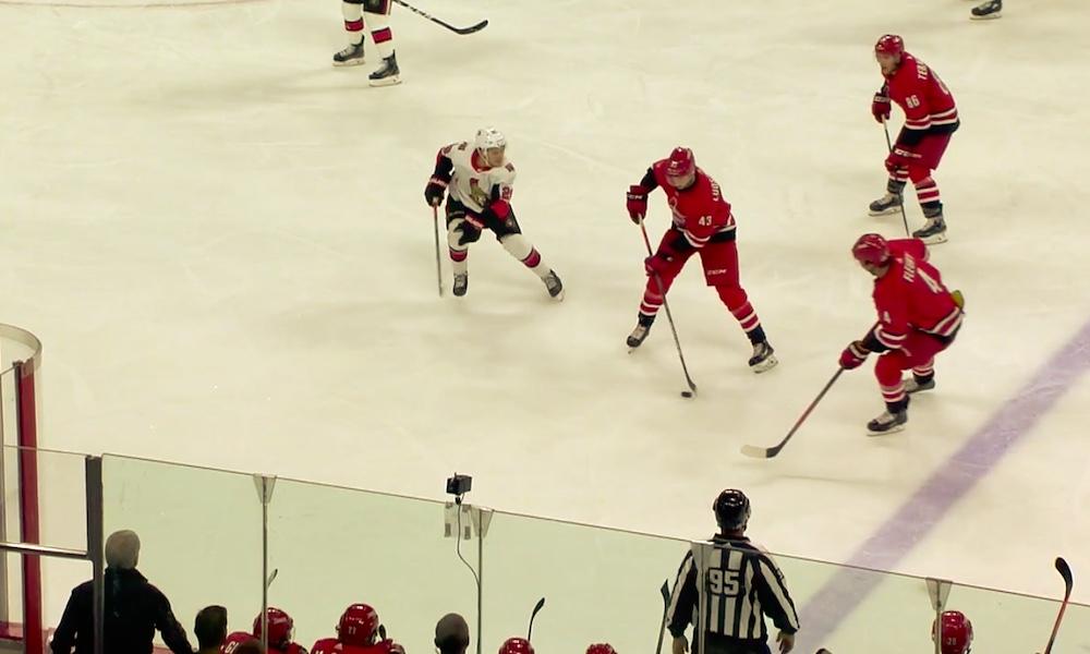 Carolina Hurricanesin Eetu Luostariselle NHL-uran ensimmäinen piste: hän merkkautti tililleen syöttöpisteen joukkueensa 8-2-voitossa Ottawa Senatorsista.