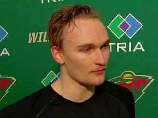 Minnesota Wildin Kaapo Kähkönen loisti vanhempiensa edessä NHL-debyytissään: vanhemmat olivat lentäneet Suomesta katsomaan New Jerseyssä pelattua ottelua.