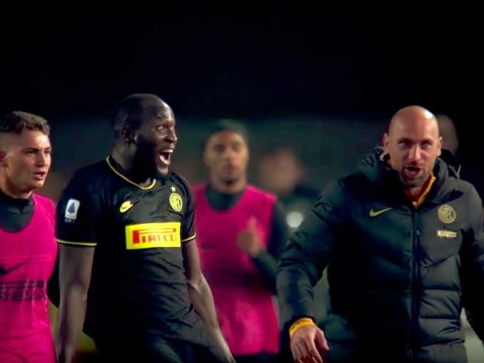 Inter-tähti Romelu Lukaku nöyryyttää ManU:a, entistä seuraansa, tällä hetkellä oikein urakalla maalimäärissä.