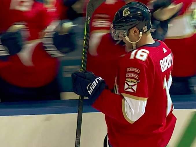 Florida Panthersin Aleksander Barkov lähestyy NHL:n pistepörssissä jo Top 10:tä.