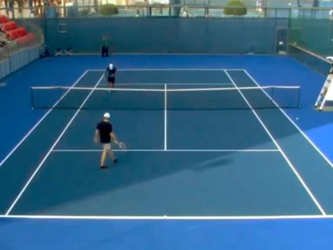 Kaikkien aikojen noloin tennisottelu näki päivänvalonsa: Artem Bahmet hävisi televisioidun ottelun saamatta pistettäkään.