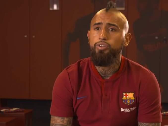 Arturo Vidal nosti oikeusjutun FC Barcelonaa vastaan.