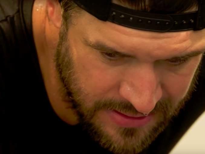 Brent Seabrook joutuu seuraavien puolentoista kuukauden sisällä kolmeen eri leikkaukseen ja hänen NHL-kautensa on ohi, kuten myös Calvin de Haanin.