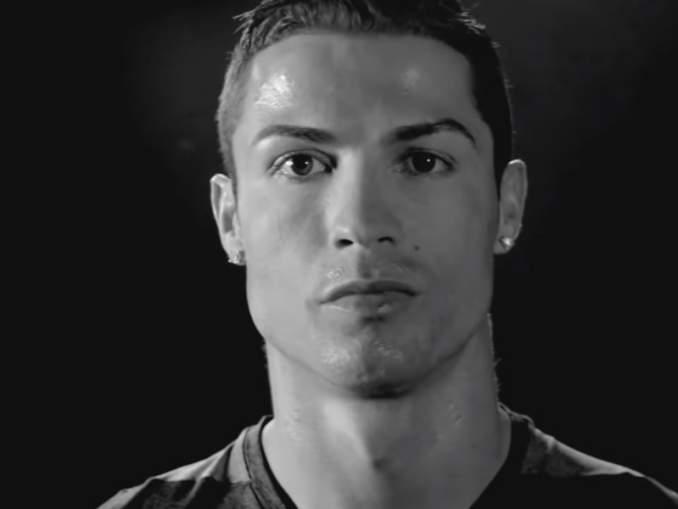 Cristiano Ronaldo treenaa omatoimisesti otteluiden jälkeen.