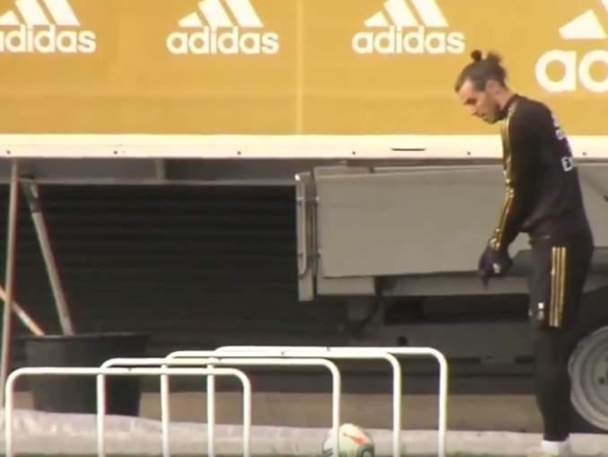 Gareth Bale hioi golftaitojaan kesken Real Madridin harjoitusten.