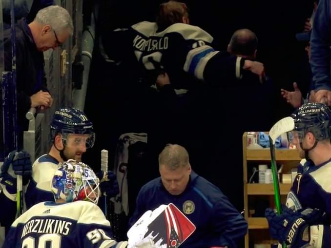 Joonas Korpisalo loukkaantui rankkareilla ja se sai Columbus Blue Jacketsin päävalmentaja John Tortorellan raivostumaan NHL:lle.