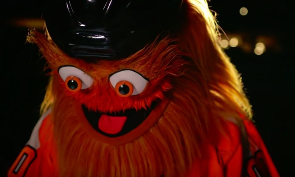 Philadelphia Flyersin maskottina toimivaa Grittyä syytetään 13-vuotiaan pojan pahoinpitelystä; jokin tässä kuitenkin haiskahtaa.