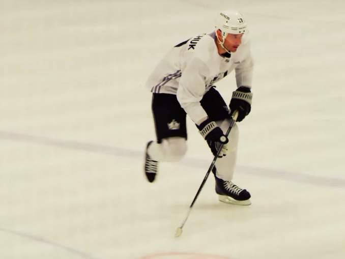 Ilya Kovalchuk siirtyy Montreal Canadiensiin, hieman yllättäen kaksisuuntaisella minimisopimuksella.