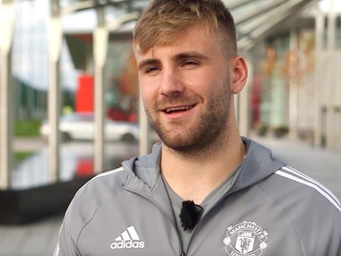Luke Shaw'n tarina Man Utd:ssa - peliaikaa enemmän videopelien parissa.