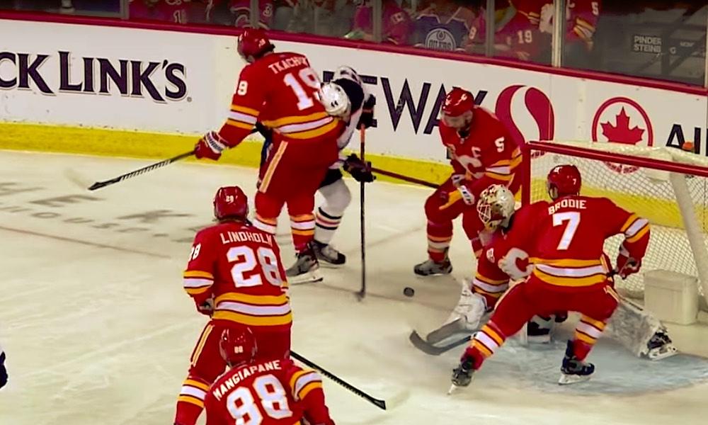NHL:n kurinpito ja tuomarit ovat tehneet käsittämättömiä ratkaisuja, jotka vievät maailman kovinta kiekkoliigaa todella vaarallisille vesille.