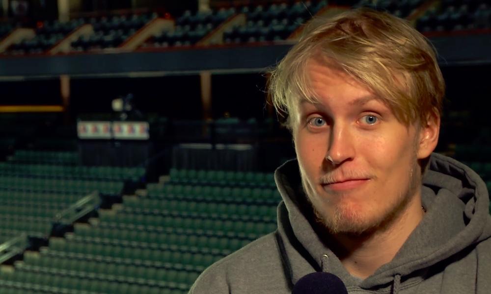Ei Patrik Laine, vaan Patrik Winnipeg! Kyllä, meillä on Teppo Winnipegille seuraaja, kiitos Helsingin Sanomien virheen.