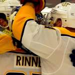 Pekka Rinne teki maalin Chicago Blackhawksia vastaan: hänestä tuli vasta NHL:n historian 12:s maalinteossa onnistunut maalivahti ja toinen suomalainen, Mika Norosen ohella.