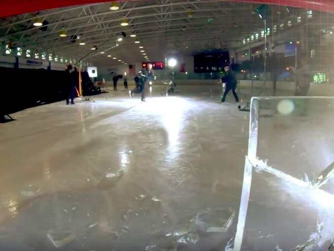 Philadelphia Flyersia edustava Sean Couturier lätki tavaraa säpäleiksi lämäreillään ja lopputuloksena oli huikean siisti video.