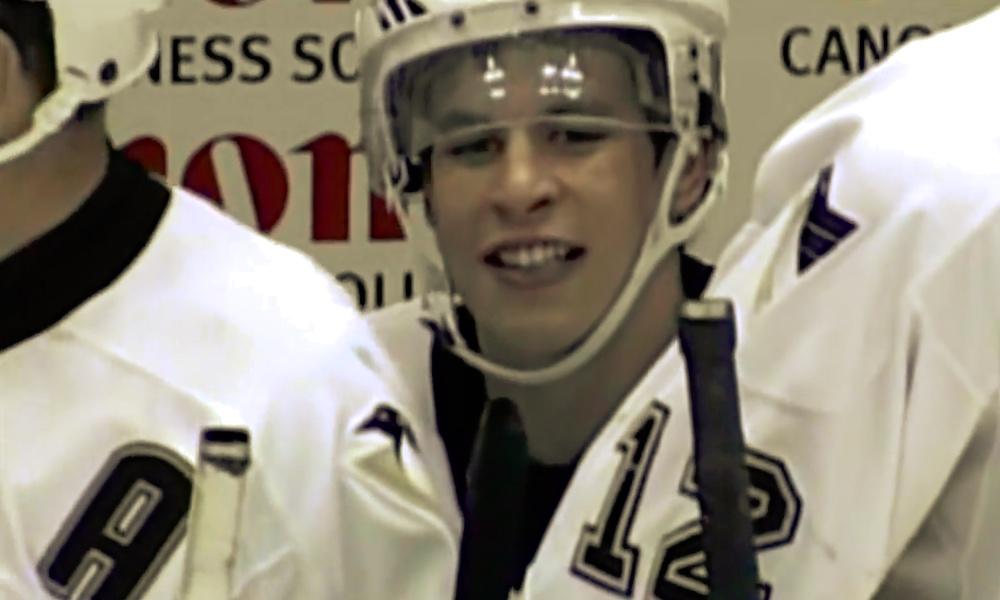 Sidney Crosby muisteli NHL-uransa ensimmäistä vaihtoaan, jossa hän joutui legendaarisen Martin Brodeurin ryöstämäksi.