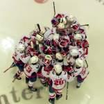 Alexander Ovechkin teki 700. maalinsa NHL:ssä ja riemu jäällä oli sen mukainen.