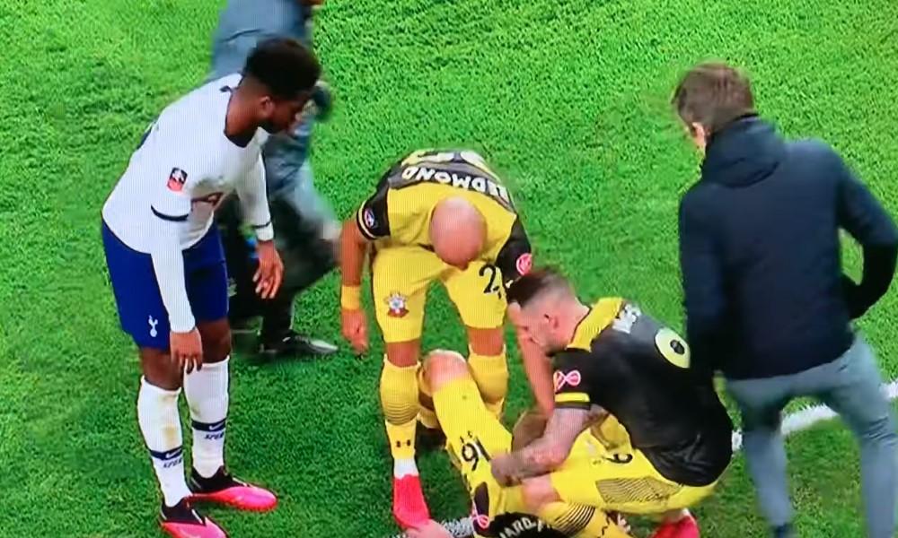 Southamptonin James Ward-Prowsen polvi taittui pahan näköisesti.