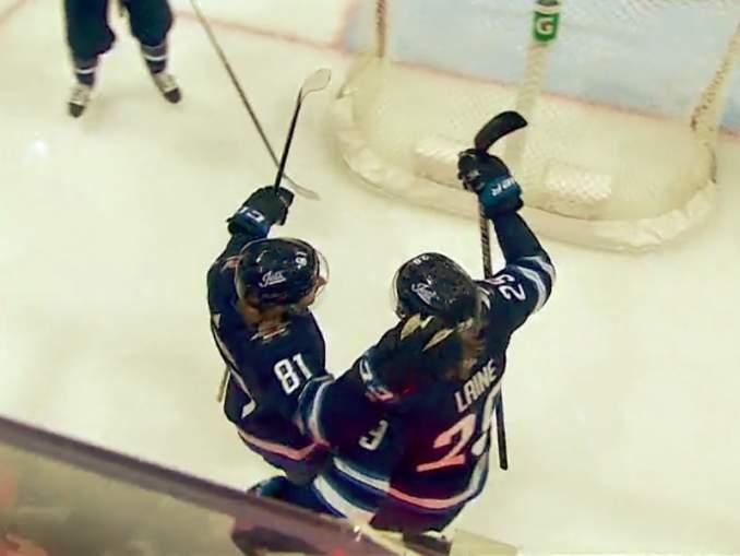 Patrik Laine iski hattutempun ylivoimalla Ottawa Senatorsin verkkoon: kyseessä oli ensimmäinen kerta, kun Laine tekee kaikki hattutemppunsa maalit erikoistilanteista.