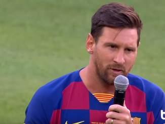 Barcelona-pelaajat vähentävät seuran tappioita leikkaamalla palkkoja.