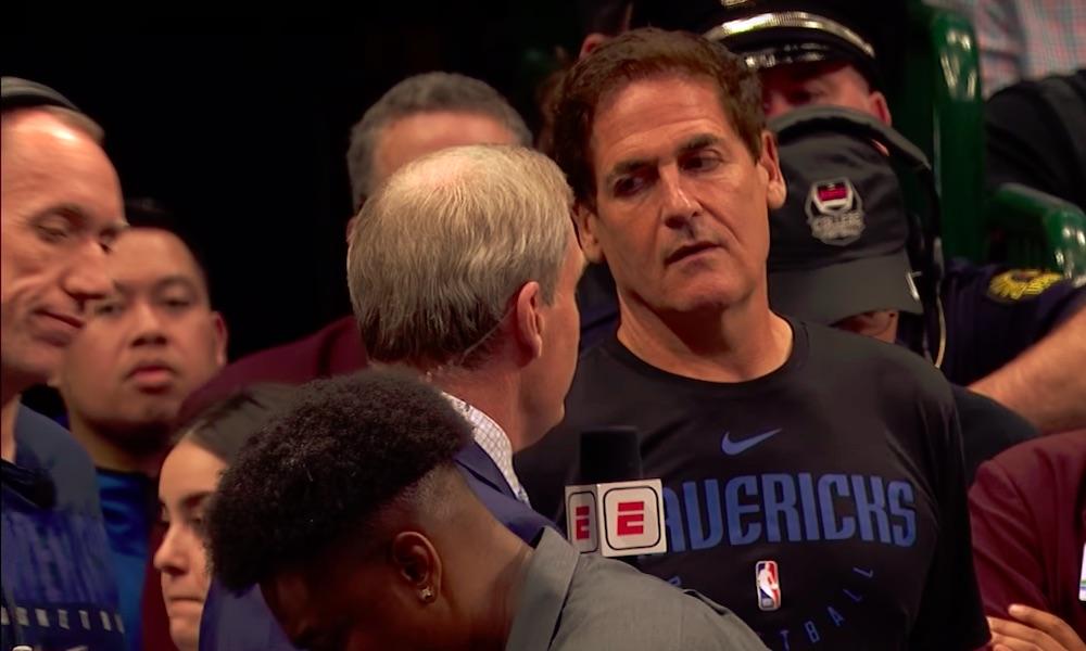 Mark Cuban aloitti upean liikkeen: hän maksaa Dallas Mavericksin työntekijöiden palkat, vaikka pelejä ei pelata, ja nyt moni muu urheiluihminen on seurannut hänen jalanjäljissään.