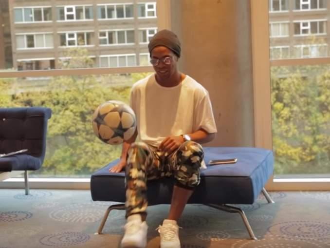 Ronaldinho osallistui vankilaturnaukseen.