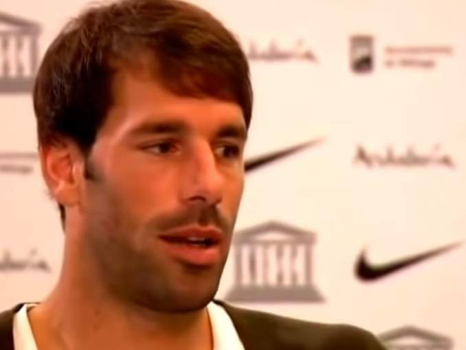 Rio Ferdinand: Thierry Henry teki Ruud van Nistelrooyn surulliseksi.