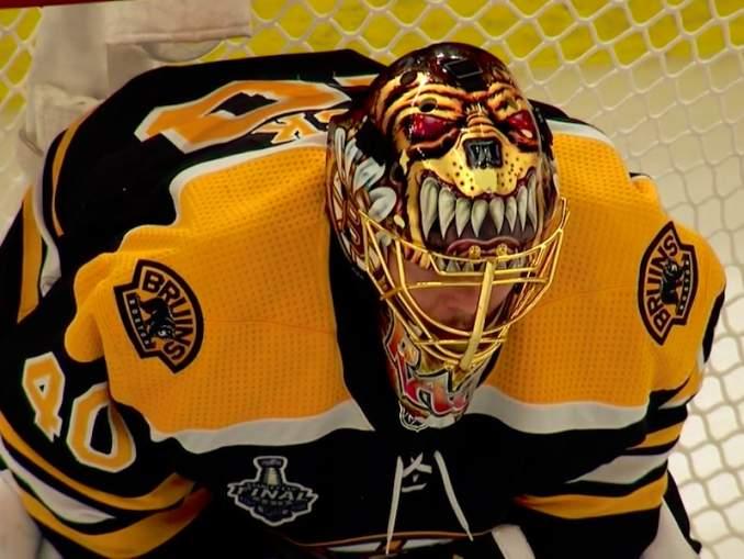 Boston Bruinsin suomalaisvahti Tuukka Rask on maailman paras ammatissaan tai vähintäänkin yksi parhaista. Mutta mihin hänen erinomaisuus perustuu?